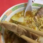 名物王寺ラーメン - 料理写真:ぶ厚いチャーシュー