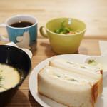 cafeひなぎく - 料理写真:フルーツサンドランチセット