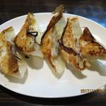 XI'AN刀削麺 - 焼きギョウザ(鍋貼餃子)