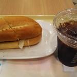 ドトールコーヒーショップ - 北海道産ローストポークサンド