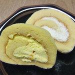 鎌田養鶏 たまご畑 - マンゴーロール(手前)& チーズロール(奥)