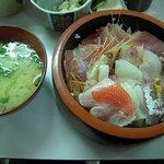 食堂谷 - 海鮮丼