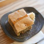 おうちごはん 野の - バナナケーキは素朴な優しいお味です。