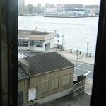 アサカフェ - 「渡船」の乗り場も見えます。