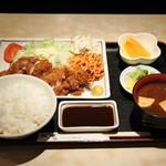 戎家 - チキンカツ定食800円