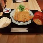 ひびき庵 別館 - 黒豚ミルフィーユカツ定食(\1,160)