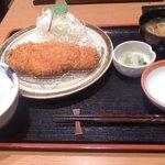 とんかつ まい泉 - 1000円のロースかつ定食