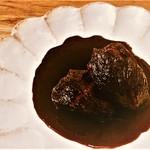 サンマロ - 牛の頬肉のワイン煮込み 完成まで1日必要