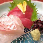 鳥茶屋 - 真鯛 マグロ