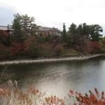 メインダイニングルーム 三笠 - 奈良ホテルと荒池