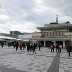 メインダイニングルーム 三笠 - 左が現在のJR奈良駅、右が旧駅舎
