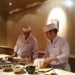 寿司・日本料理 さわ田 - 店・店内の一例 2017年11月