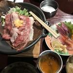 よね蔵 - 料理写真:茶碗蒸し、刺身、ほう葉味噌