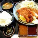 76646163 - 「ロースミックス定食」1450円