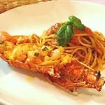 伊勢海老のフレッシュトマトソースのスパゲッティ