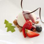 ラ・カロッツァ - ホワイトチョコレートのムース