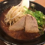元祖 広島牛骨醤油ラーメン 大嵐 - 料理写真: