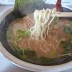 旭川ラーメン さいじょう - 麺は低加水