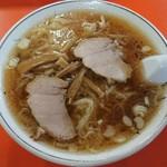伸龍 - ワンタン麺690円
