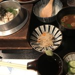 富小路 うろこ - 〆にいただいた、豆腐と湯葉の釜飯