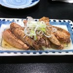 傾奇者 - 手羽先黒コショウ煮 400円