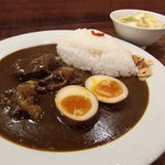 SPICE DINING biji  - 薬膳ハバネロカレー(骨付きポーク、煮玉子)&サラダ