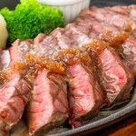 Restaurant & Bar Mashu - 牛もも肉のステーキ