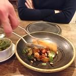 organ - テーブルで完成する「千葉産 カマスのフリットと茄子、トマト、葉野菜のサラダ」①