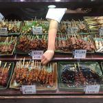 ハマケイ - 白魚の様な手がぼくじゃなく、前の人の為に皮を取る