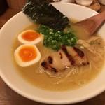 鶏ポタラーメンTHANK - ラーメン ぽてり 手羽先×1  〝850円〟