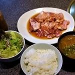 肉焼家 琉庵 - 料理写真:ランチ焼肉・食べ放題