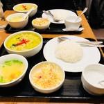 バンコクスパイス - ランチセットBグリーンカレー(900円)