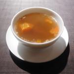 76673838 - 特製香港家庭風薬膳蒸しスープ