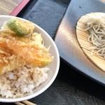 そばのさと - セット注文のミニ天丼(380円)