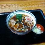 手打そば 平野屋 - 料理写真:肉うどん(600円)
