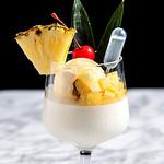 パンナコッタとココナッツアイスのデザートピニャコラーダ
