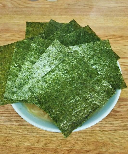 オノミチ - ラーメン630円。麺硬め。海苔増し100円。