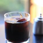 76681865 - 水出しアイスコーヒー 氷の半分は珈琲の氷