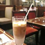 珈琲茶館 集 - アイス・カフェラテ