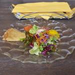 セストセンソ - クレープ サラダ サラミ カボチャのサラダ