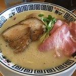 ラーメン而今 - 特製あさり塩(細麺)〜(´∀.`*)/¥1000円