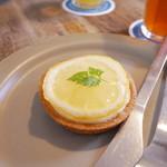 76696783 - 国産レモンのチーズタルト
