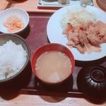 76698707 - じっくりたれ漬け 豚しょうが焼定食(1100円)税込【平成29年10月06日撮影】