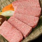 焼肉レストラン三千浦 - 料理写真:カイノミ、ザブトン、ミスジetc...希少部位揃えてます。