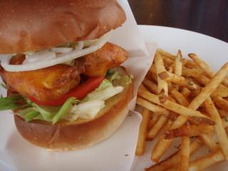 TONY'S HONOLULU - 日替わりハンバーガー(アヒのフライ)