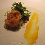 レストラン カズ - ホタテのフリットー、オレンジを使ったソースがアクセントになってました。