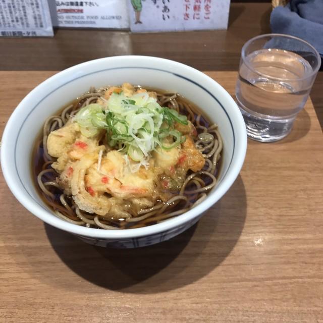 川村屋 - 天ぷらそば。 税込370円。 美味し。