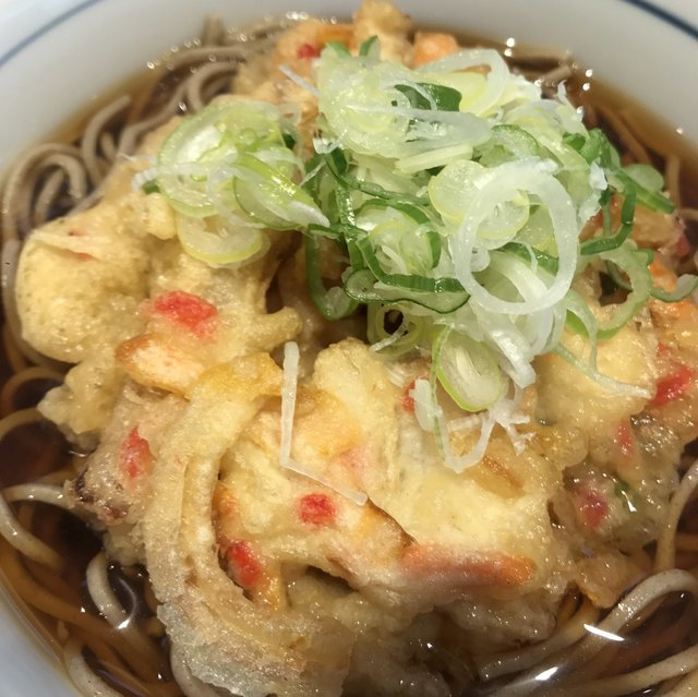 川村屋 - 天ぷらそば。 美味し。