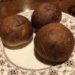 chez みなみ - 玉ネギ風味のパン