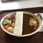レイク サイド カフェ - ダム放流カレー1000円